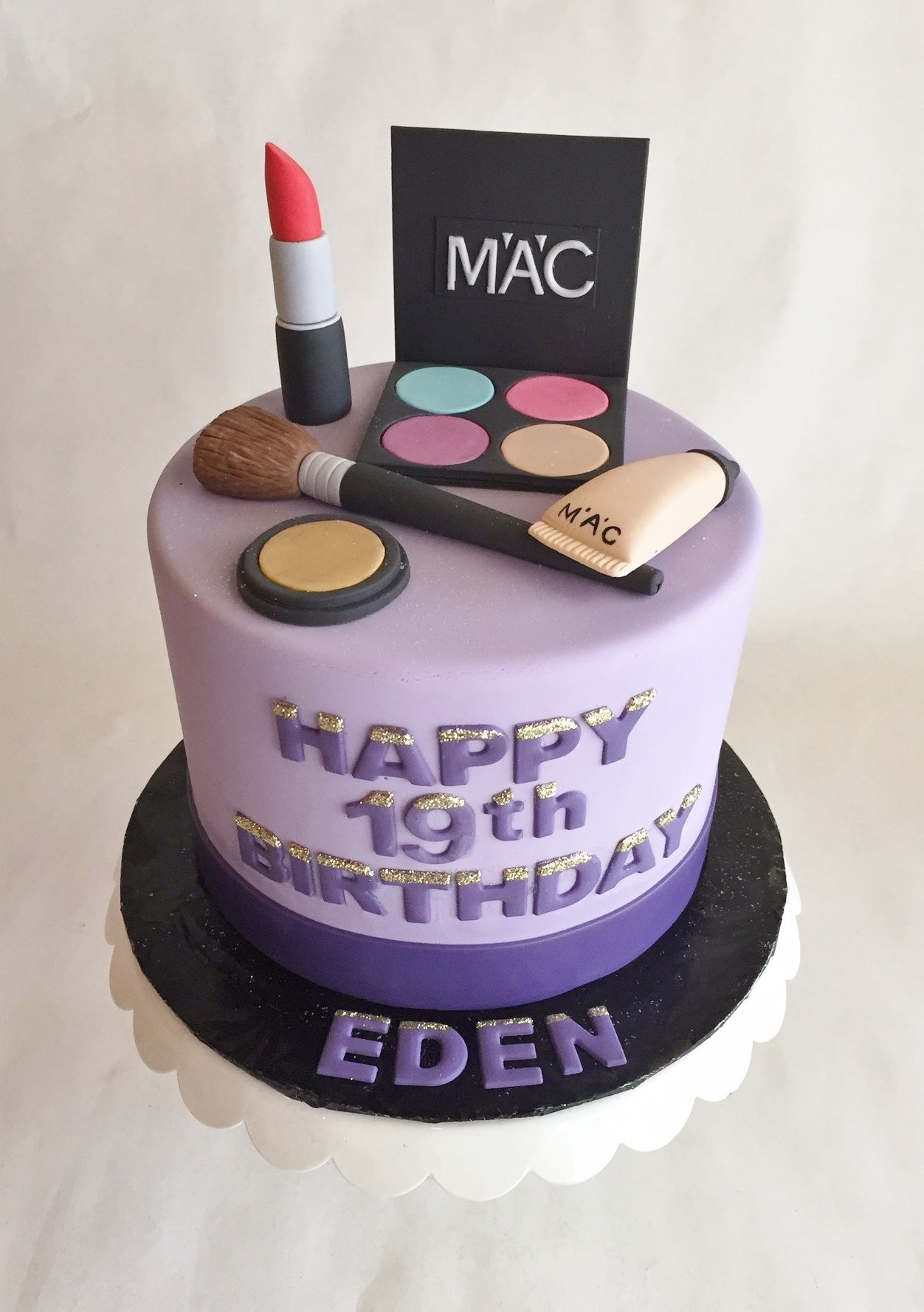 MAC makeup cake | birthday cake | MAC | eyeshadow | lipstick | concealer | powder | brush | fondant | custom toppers | buttercream