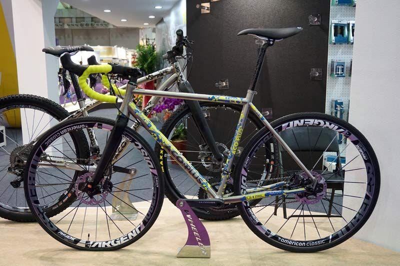 wheeler-titanium-cyclocross-disc-brake-bike06.jpg (800×533) | bici ...