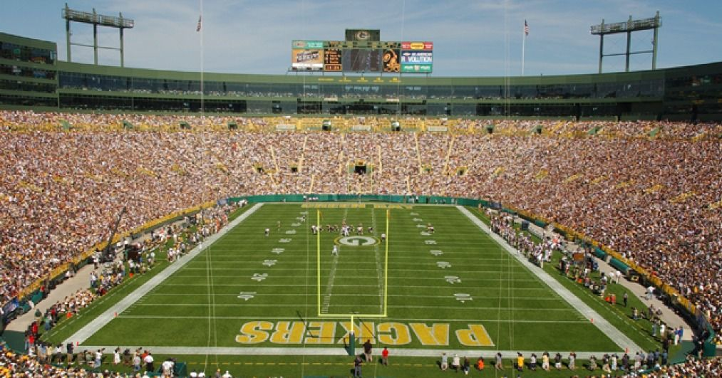 How Much Does It Cost To Attend A Green Bay Packers Game Green Bay Packers Game Green Bay Packers Packers Games