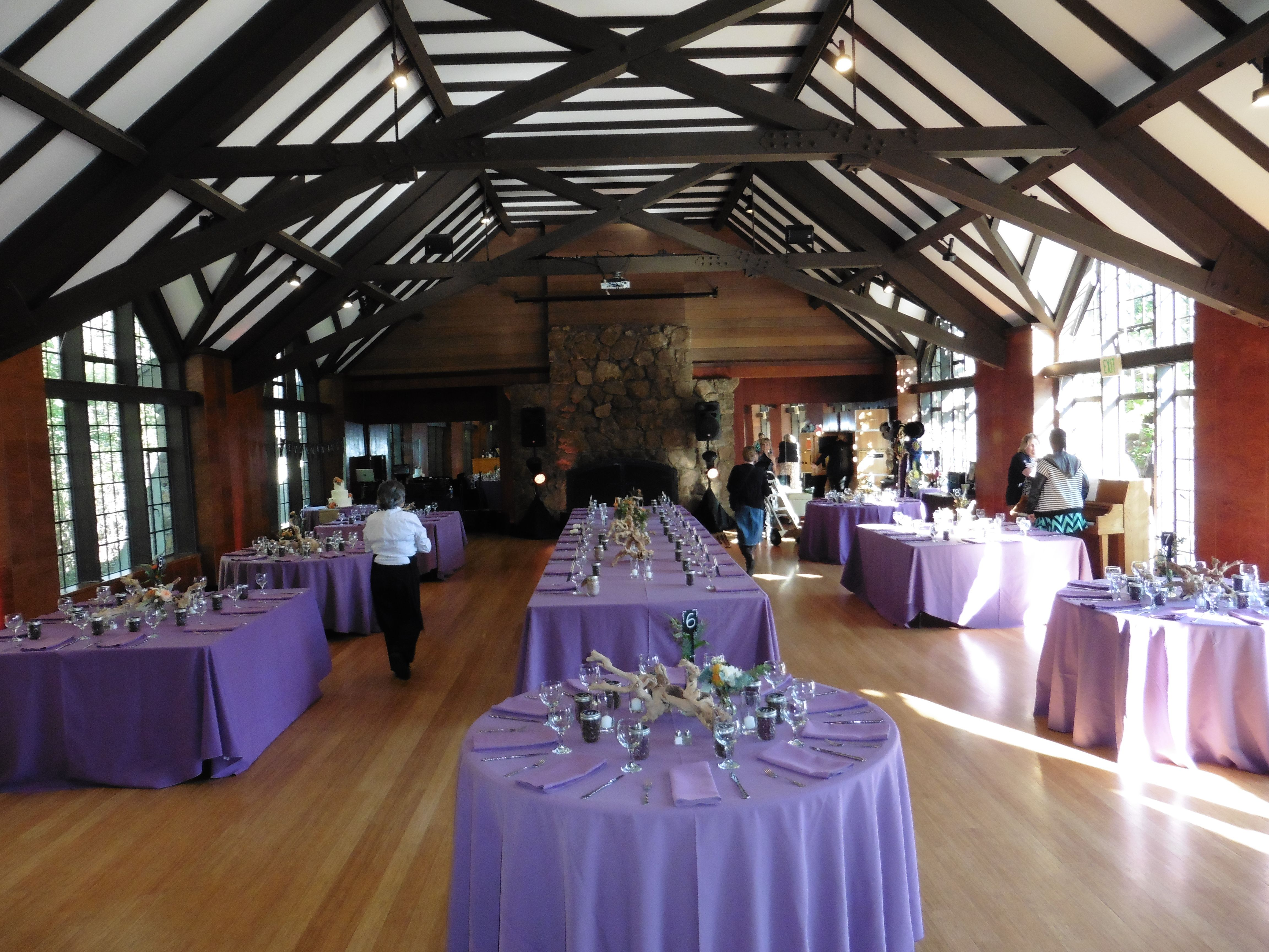 Plum Linens And Napkins At The Brazilian Room Round And Square - Kings table catering