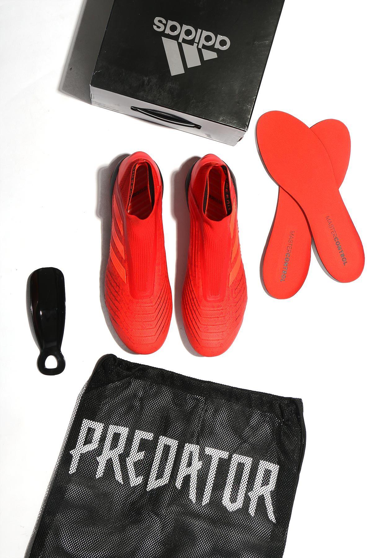 En futbolmania encontrarás tus nuevas adidas Predator para fútbol 11 y  fútbol 7 ba5eebc58f510