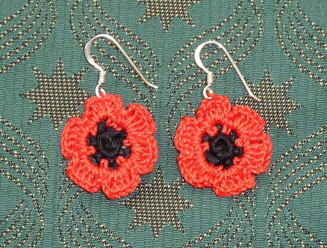 Free Pretty Poppy Earrings Pattern by Janet McMahon | korut ...