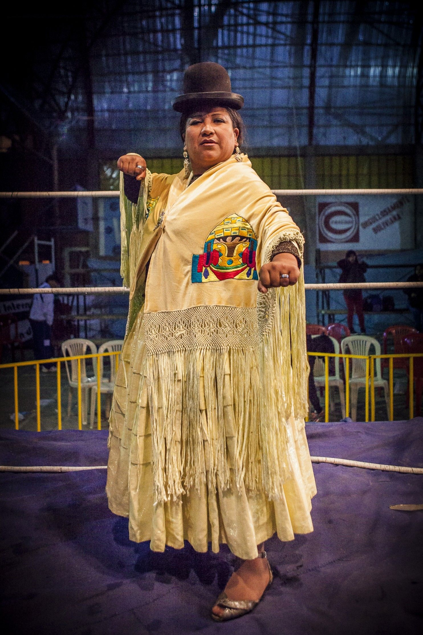 Trajes De Lucha Libre In This Corner Bolivias Strong Armed Fighting Cholitas