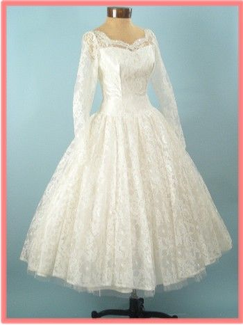 1950s VINTAGE WHITE LACE TEA LENGTH WEDDING DRESS | Pinterest | Tea ...