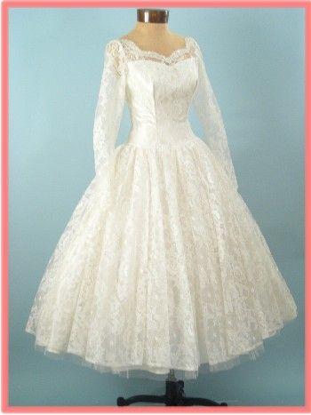 1950s VINTAGE WHITE LACE TEA LENGTH WEDDING DRESS | Wedding ...