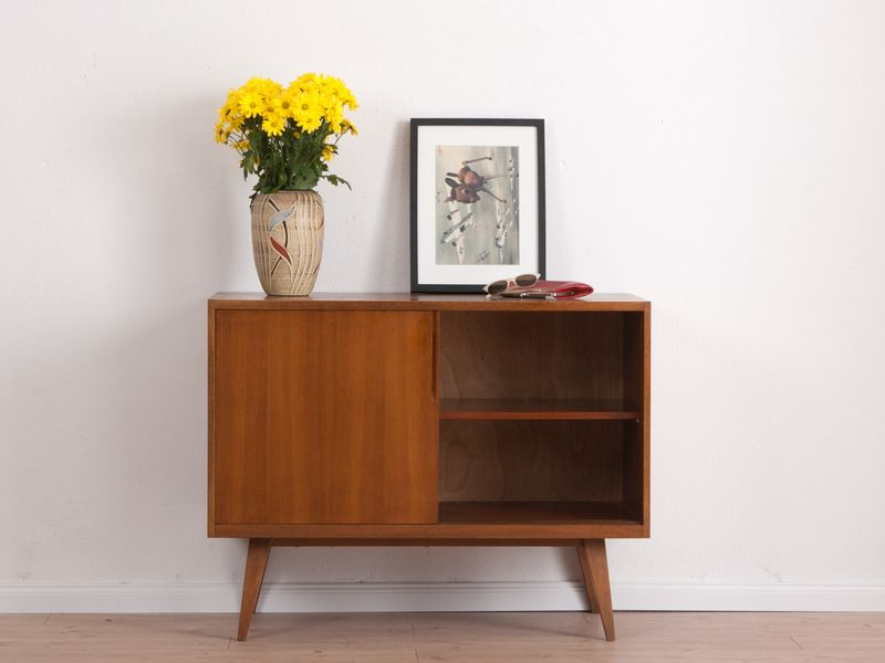 hochwertige 60er kommode sideboard eiche von mid century friends auf interior. Black Bedroom Furniture Sets. Home Design Ideas