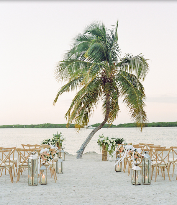 Belongil Beach Wedding Ceremony: Boda En La Playa, Boda, Ceremonias De Boda