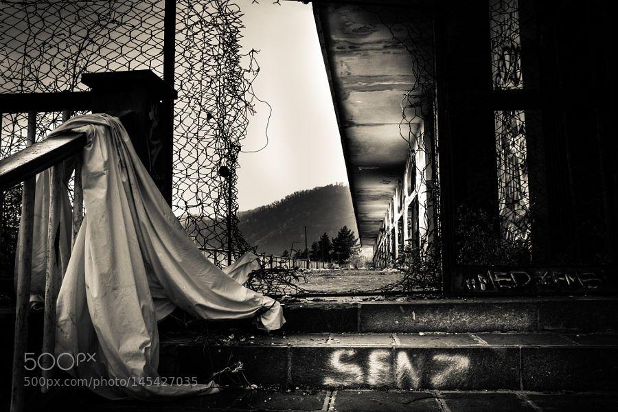 Senz by lucaenglaro