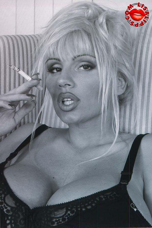 Lisa lipps smoking