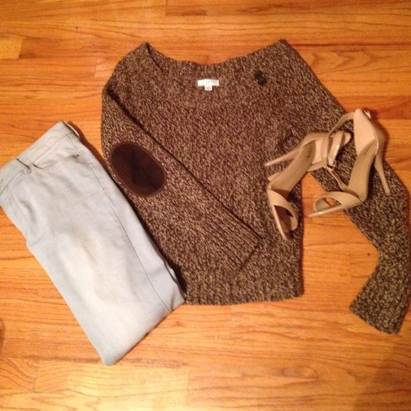 Wide neck sweater with buttons Super cute brown and tan sweater that is wide neck and has two buttons for accent in the left collarbone. In excellent condition.  Also has super cute felt elbow patches! Old Navy Sweaters Crew & Scoop Necks