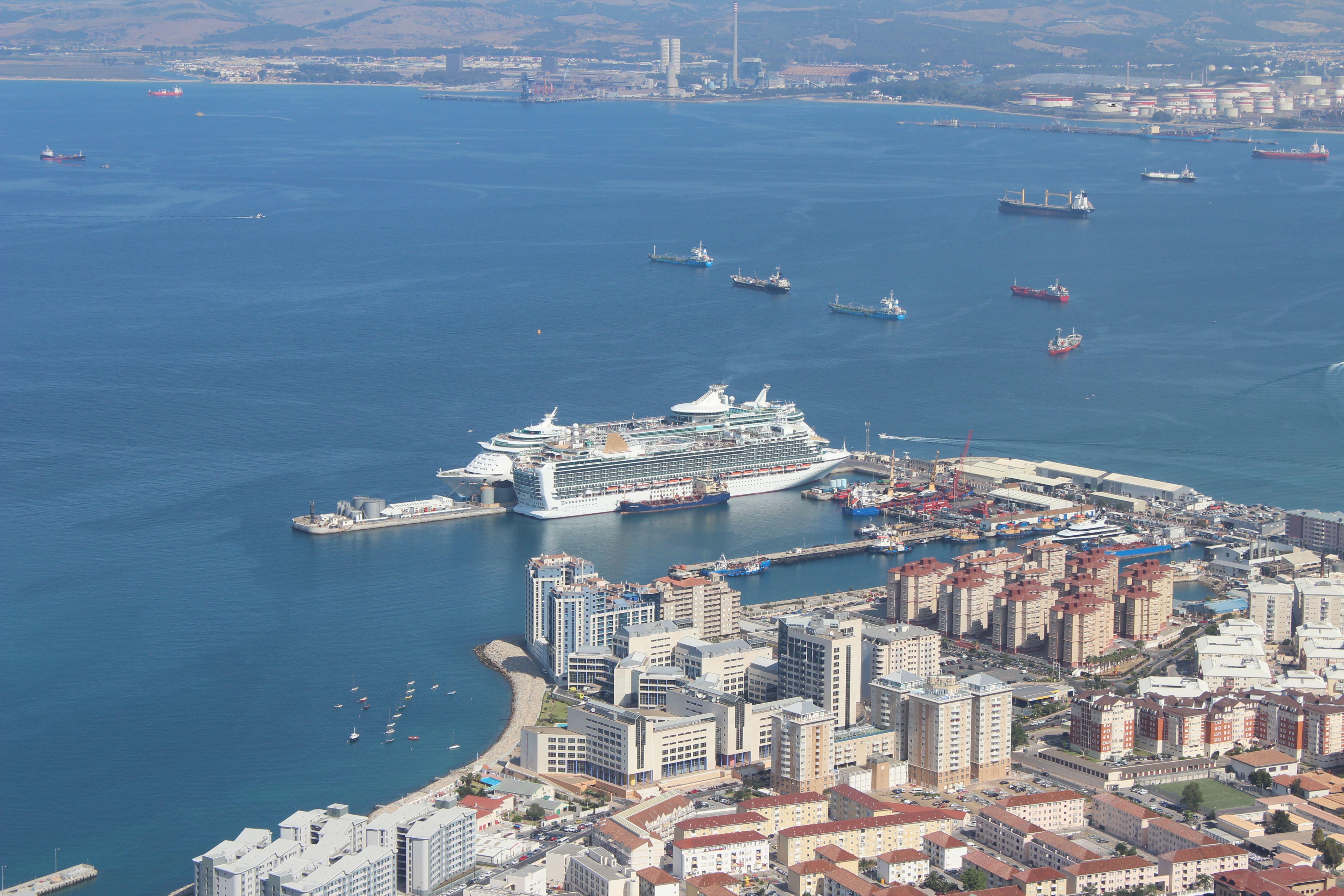 p cruises azura and royal caribbean uk independence of the seas