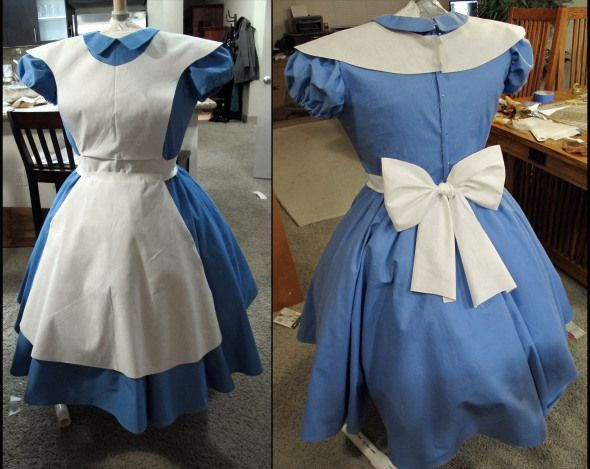 how to make your own alice in wonderland costume