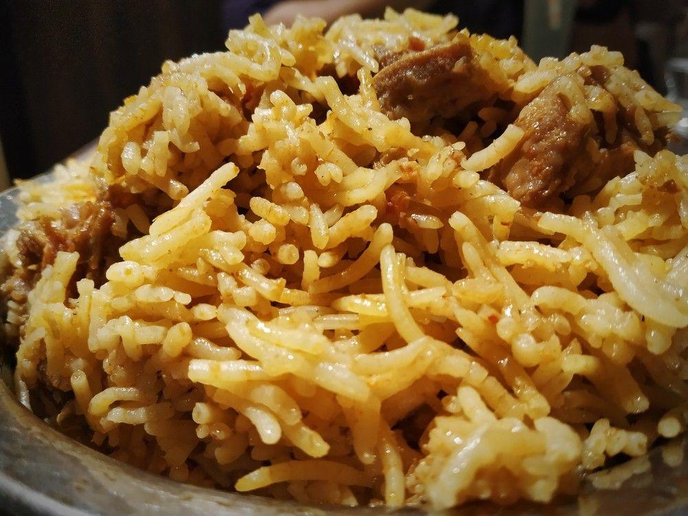 Biryani Sukkubhai Biryani Multicuisine Restaurant In 2020 Biryani Veg Restaurant Signature Dishes