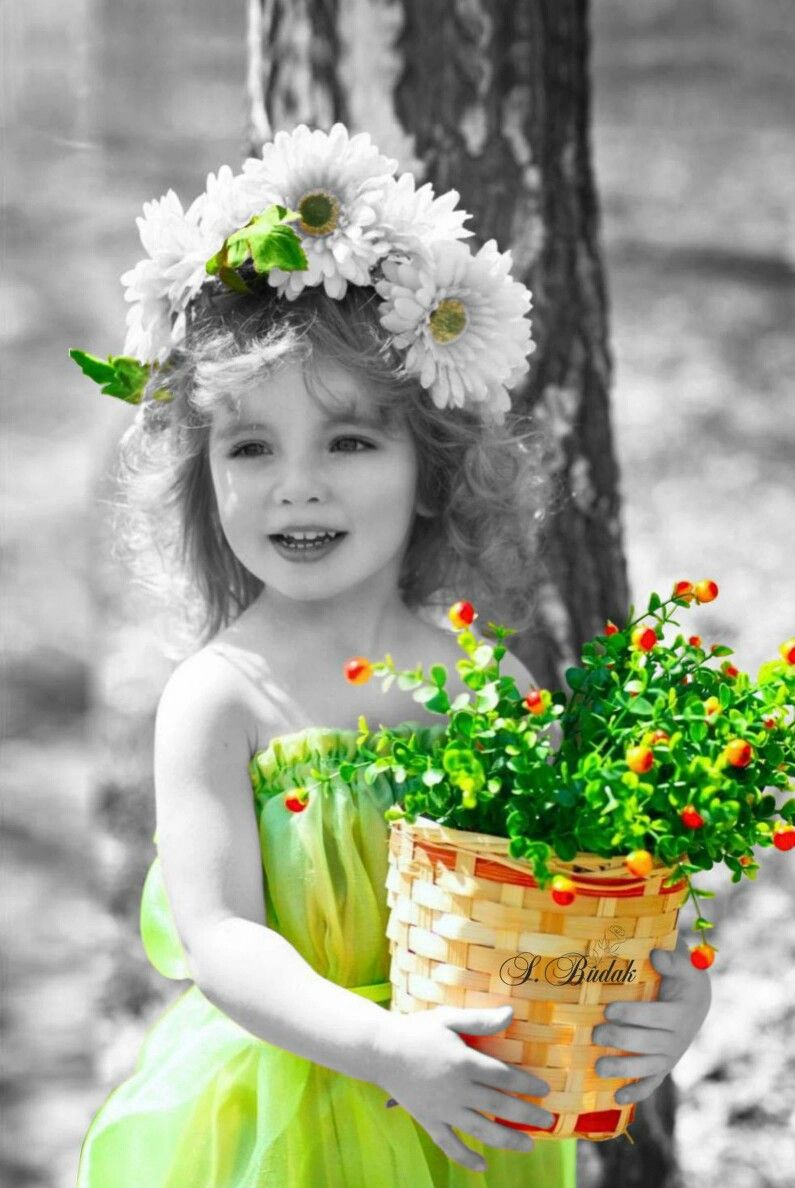 Pin by Naomi Lucier on A Splash Of Color Beautiful Children ...