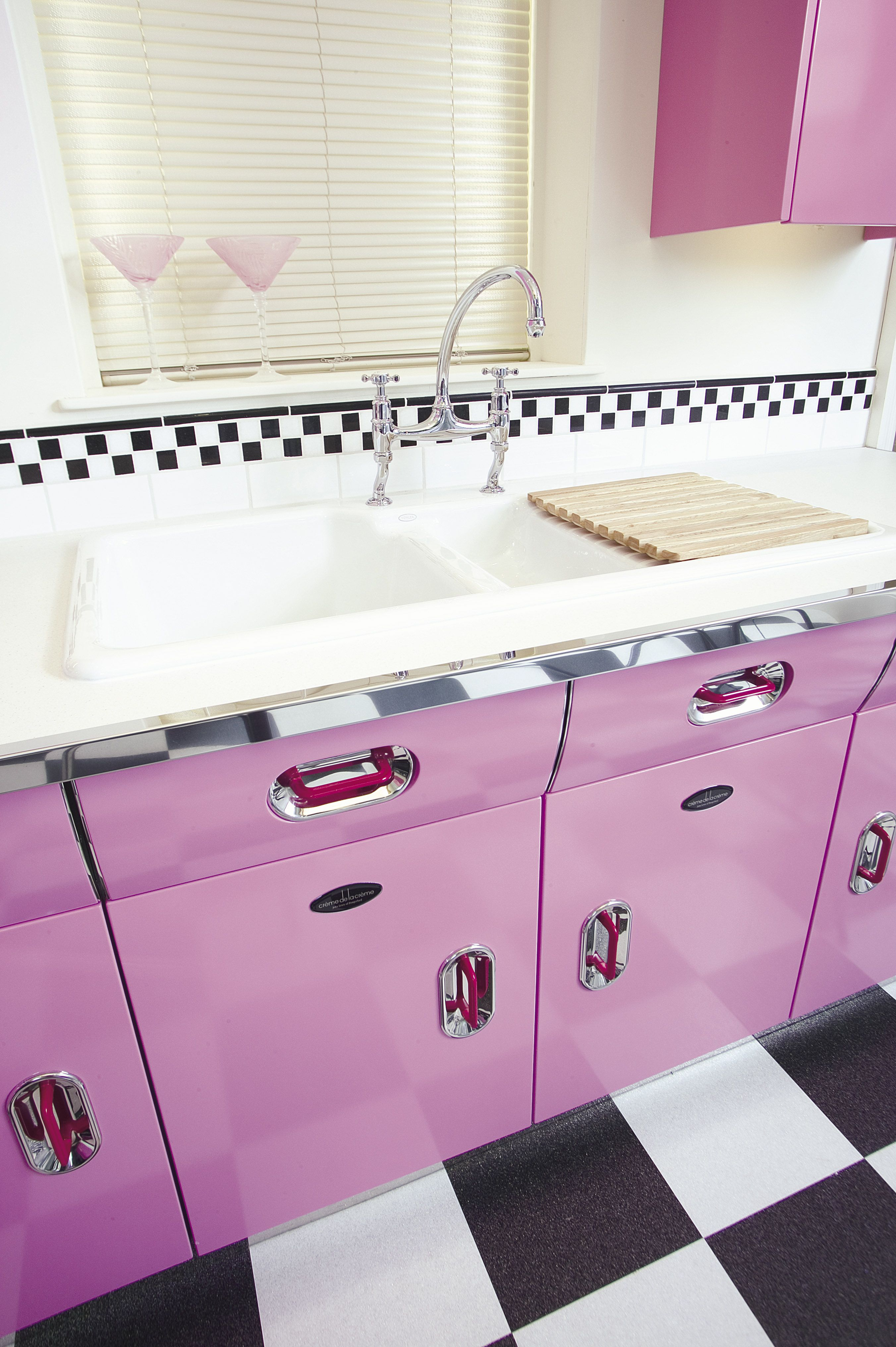 The 1950s Vintage English Rose Kitchen #kitchencollection