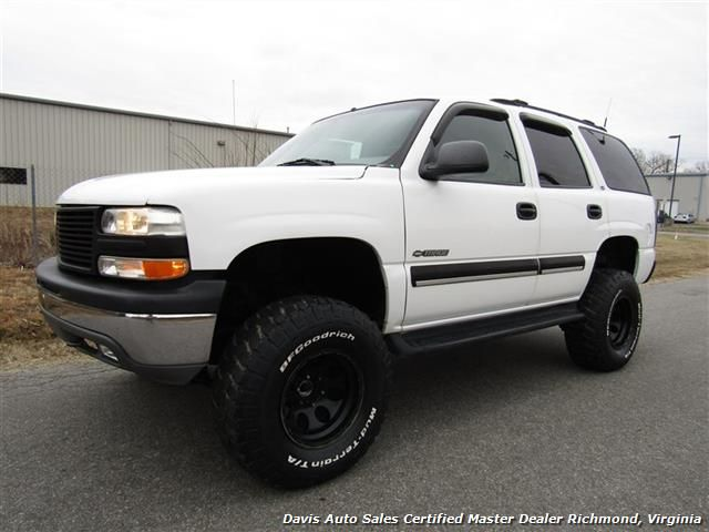 used 2001 chevrolet tahoe ls lifted 4x4 for sale in richmond va 8 995 davis auto sales. Black Bedroom Furniture Sets. Home Design Ideas