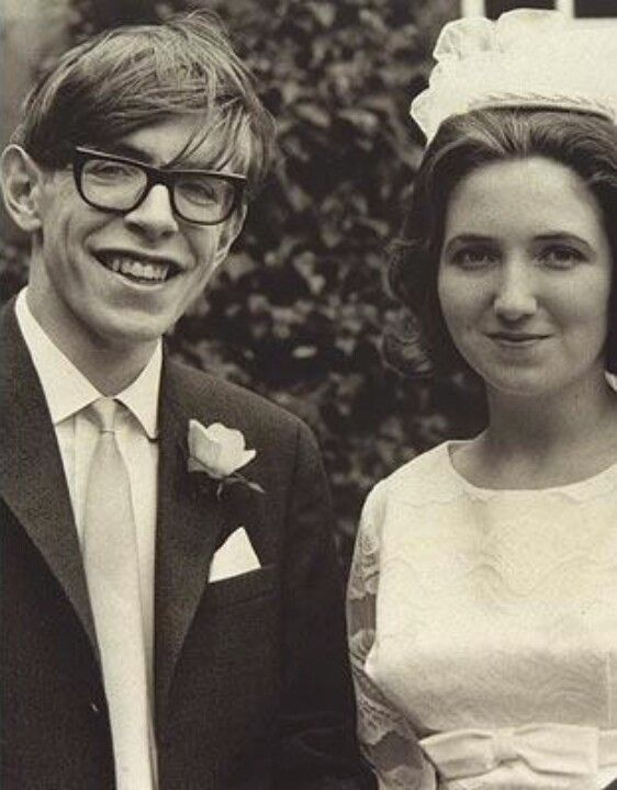 stephen hawking and most importantly jane wilde