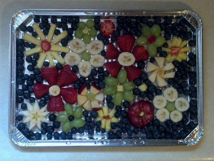 Mother's Day Fruit Tray #PartyFood