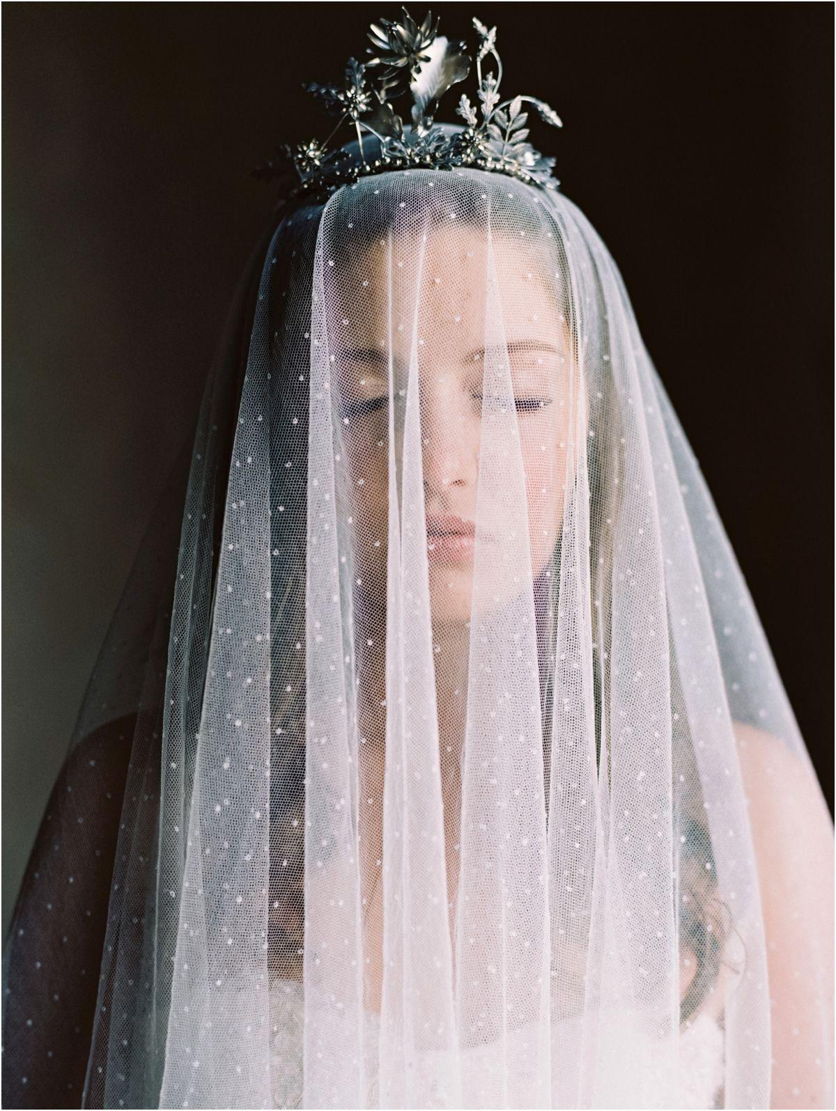 Elegant romantic vintage bridal veil crown ideas my kind of