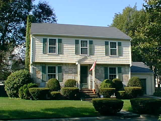 Help Me Add Some Curb Appeal Maintenance Live Garages Long Island New York Ny Page Colonial Exterior Colonial House Remodel House Paint Exterior