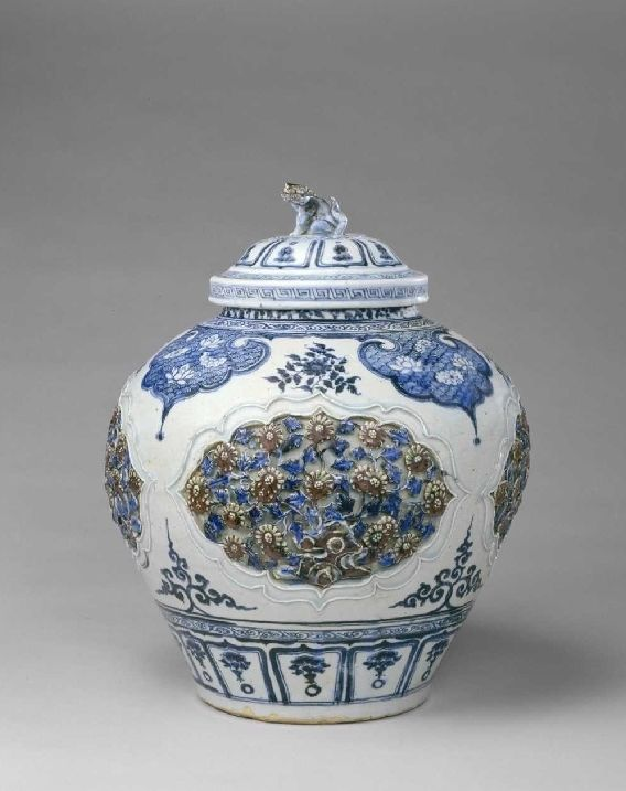 History of Chinese ceramics from the Yuan dynasty (1271-1368).