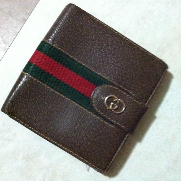 a9417a8d3e9 Gucci Accessories - Vintage Gucci Men s Wallet