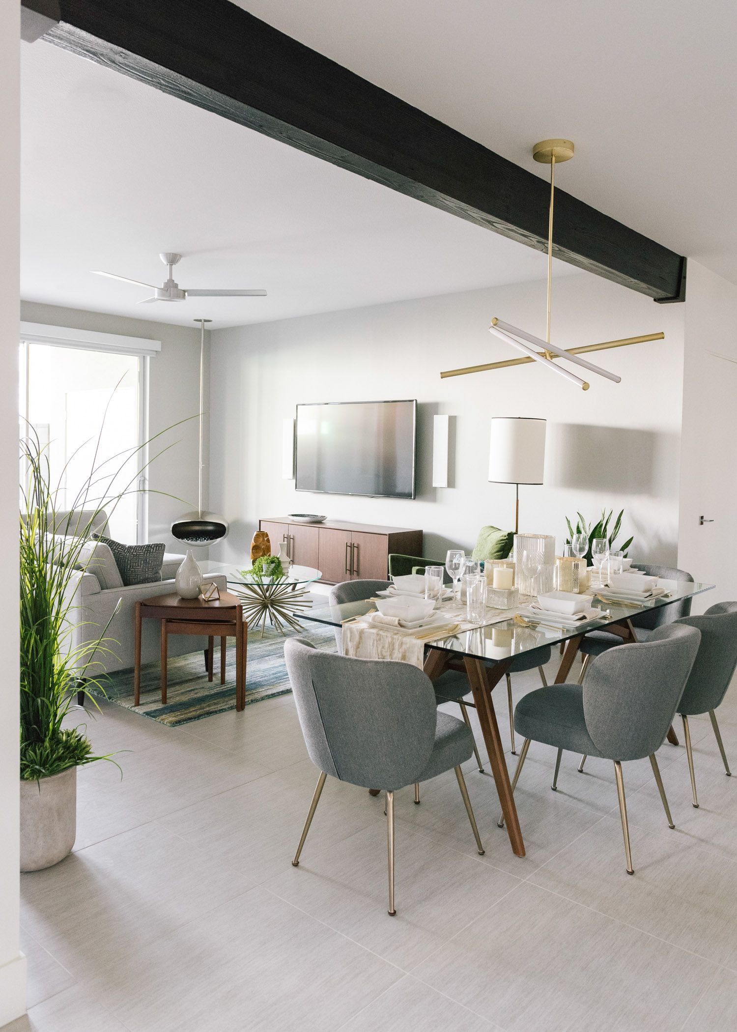 Best The Living Room And Dining Room In A Modern Palm Springs 400 x 300