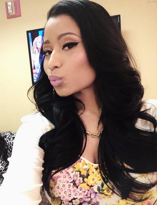 Log In Nicki Minaj