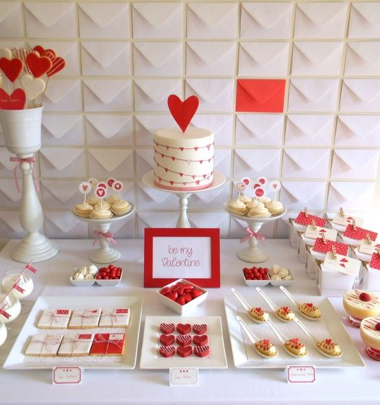 Such a cute Valentine's Day party table!