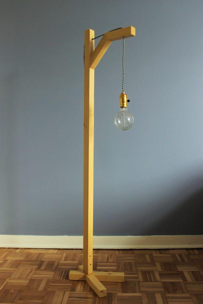 comment fabriquer une lampe sur pied avec un tasseau