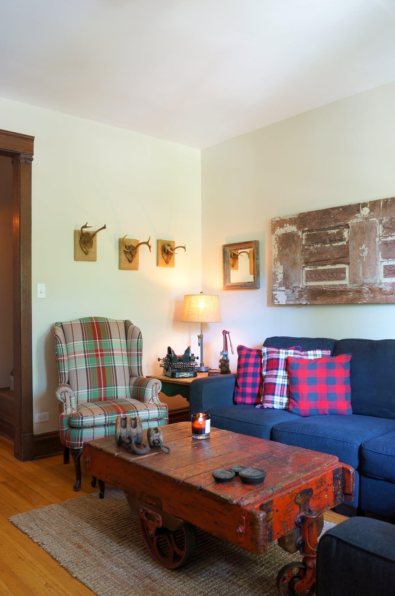 Cozy condo living rooms house tour cozy farmhouse style evolved  farmhouse style small