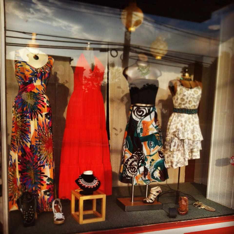 Consignment Bound Just Love A Pretty Window Display Summer Dresses Consignment Shops Fashion