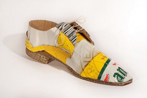 CREATIVE SHOES MADE FROM RECYCLED
