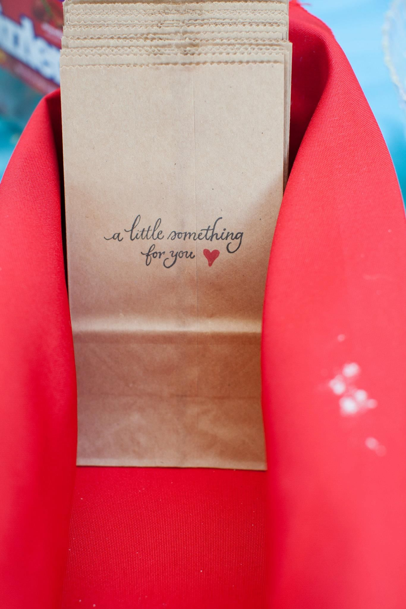 Candy Wedding Favor Ideas Pinterest : wedding favor ideas // wedding candy bar // candy bar favor // DIY ...