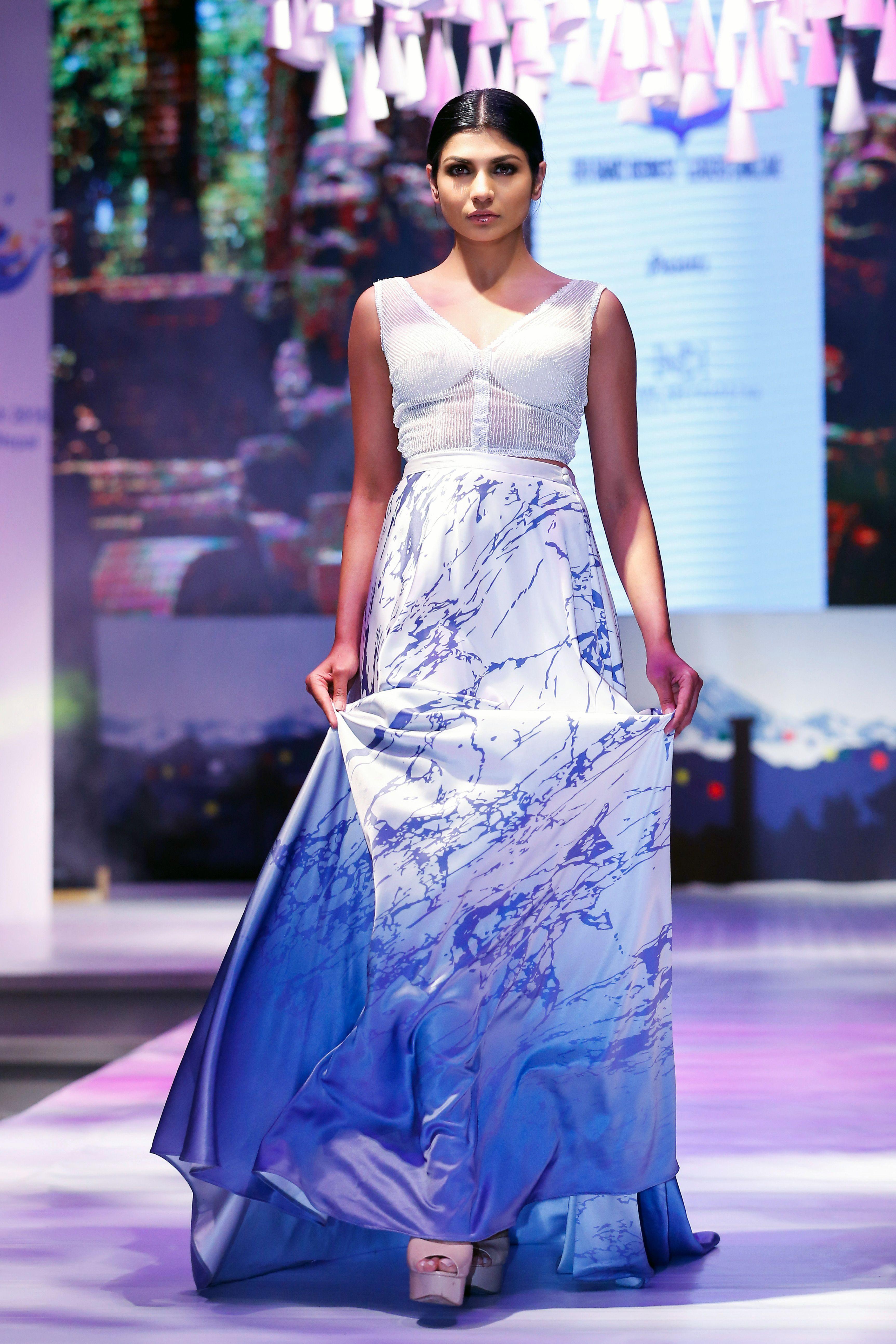 Indi Demi Couture Fashion Designer Srilanka Bride Sri Lankan Bride Kandyan Saree Saree Drape Saree Dress Madeup Saree Sri La Dresses Couture How To Wear