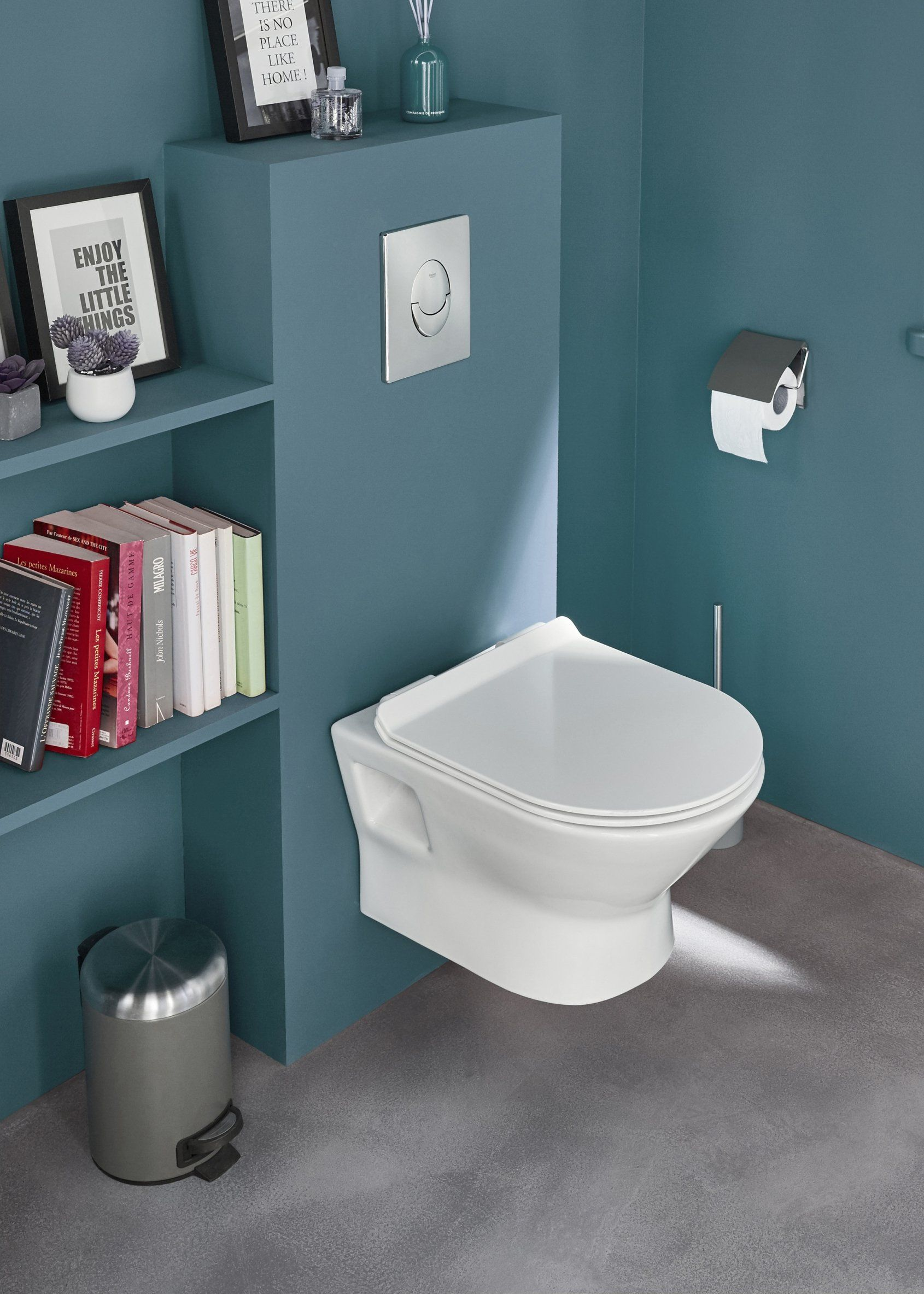 Une Mini Bibliotheque Dans Les Wc Decoration Toilettes Idee Deco Toilettes Relooking Toilettes