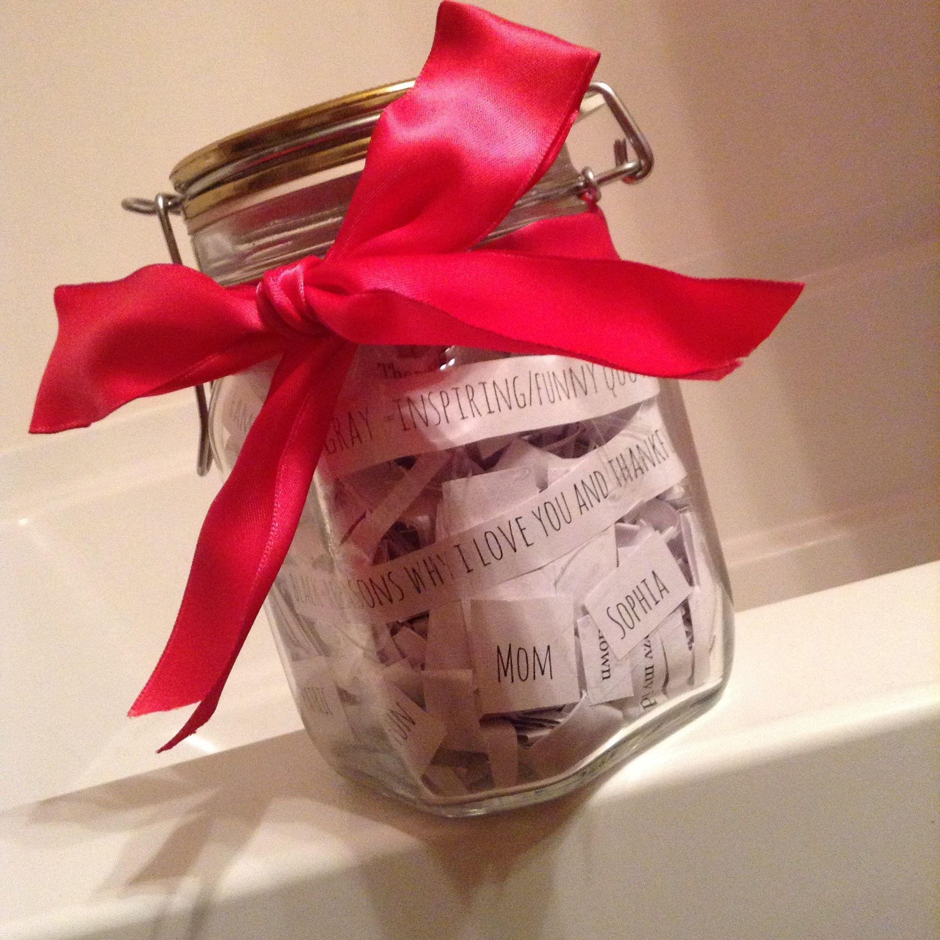 A Jar Of 365 Reasons I Love My Mom I Love Mom My Love Gifts