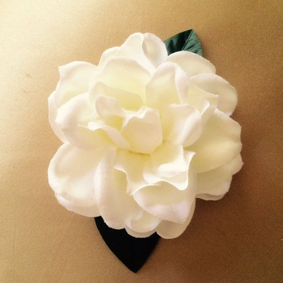 White Gardenia Silk Flower With Two Green Gardenia Leaves On A Double Prong Hair Clip Secured On The B Silk Flower Hair Clip Flowers In Hair Flower Hair Clips