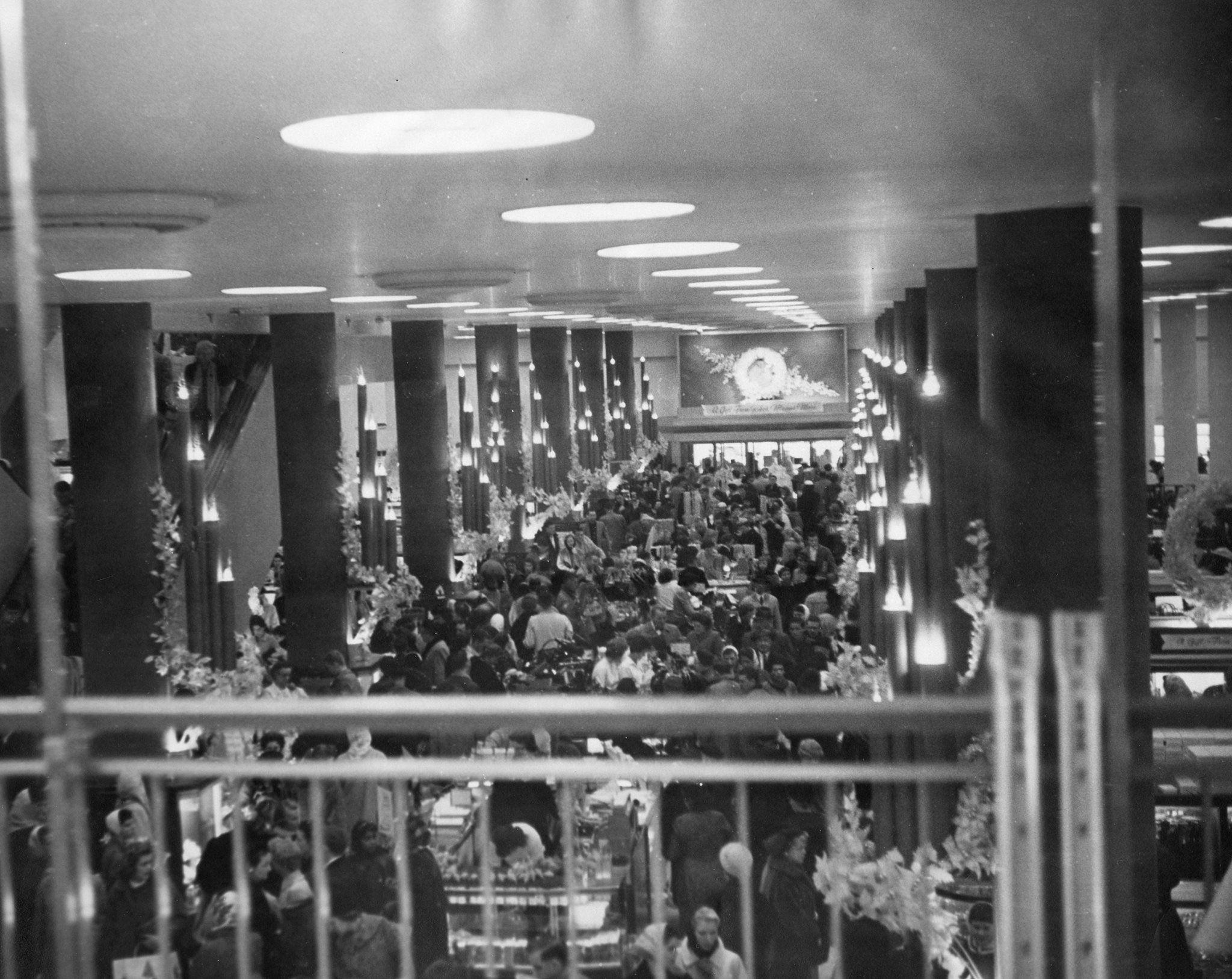 Rike's at Christmas, ca. 1960s [via Dayton History Books Online] | Dayton  ohio, Dayton, Photo facts