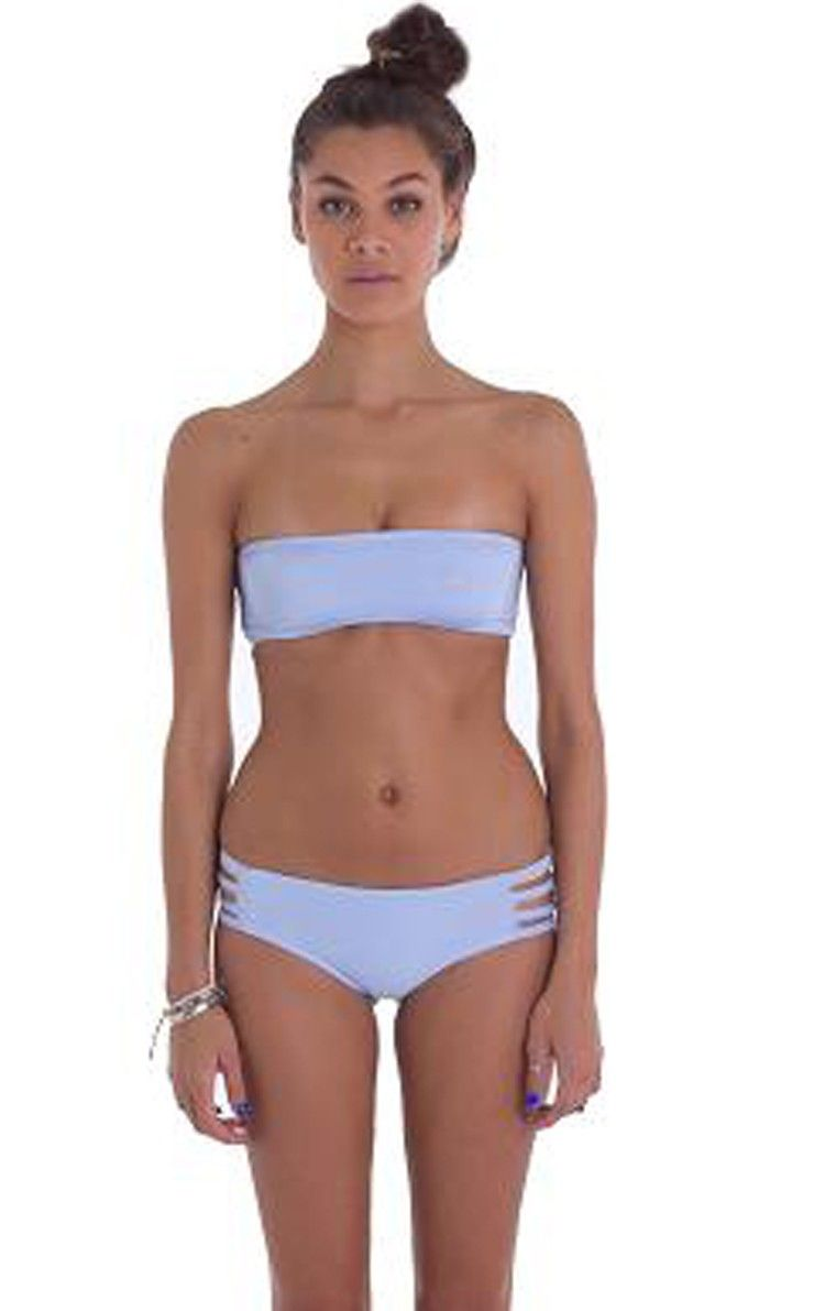 3dc1a5cb3ba16 Eau Paix Vie - Zuma Bikini Top in Light Blue