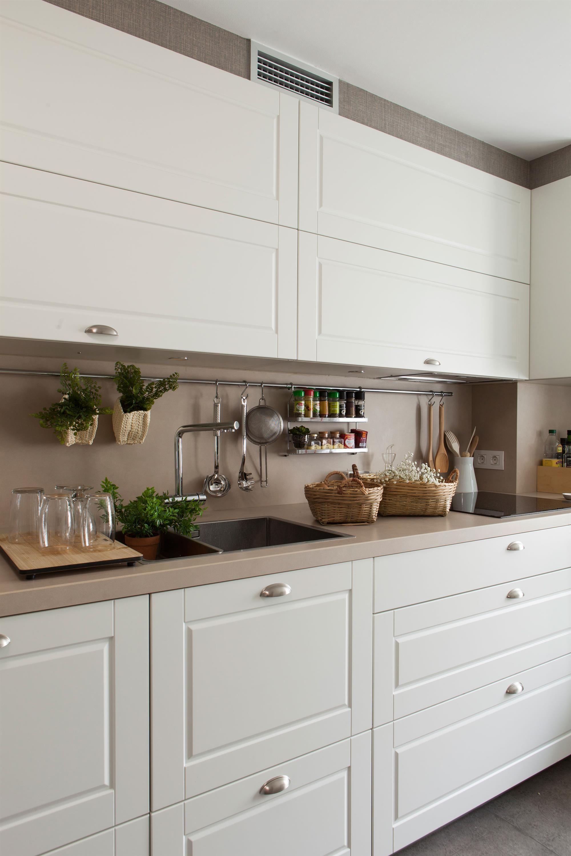 Test: ¿Qué nota le pones a tu casa? in 17  Kitchen interior