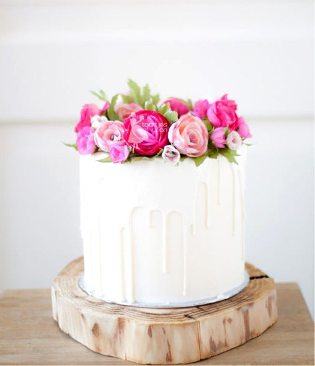 White Chocolate Dripping Cake With Handmade Flowers By Taartjes Van