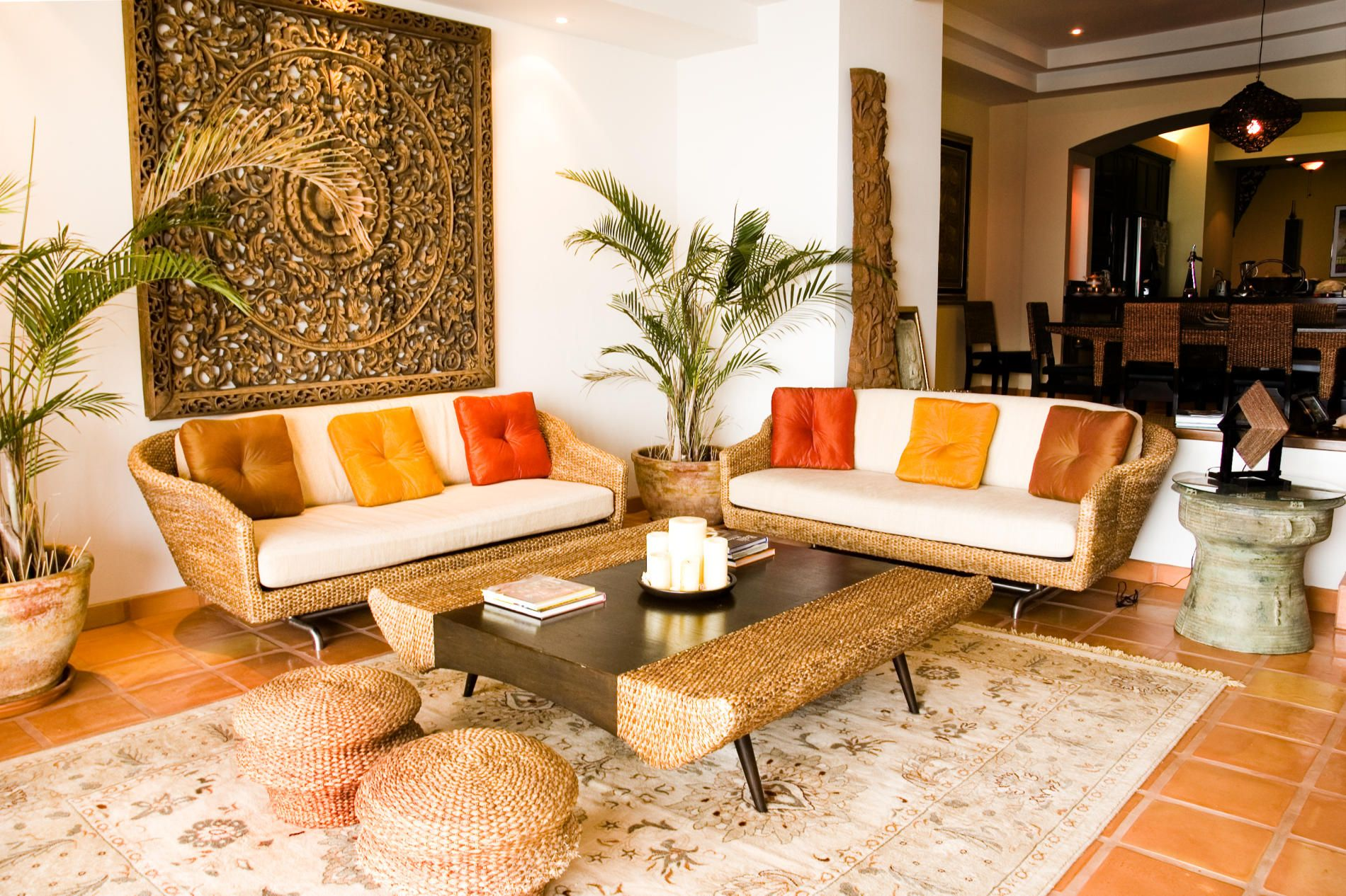Beautiful Tropical Themed Living Room Ideas