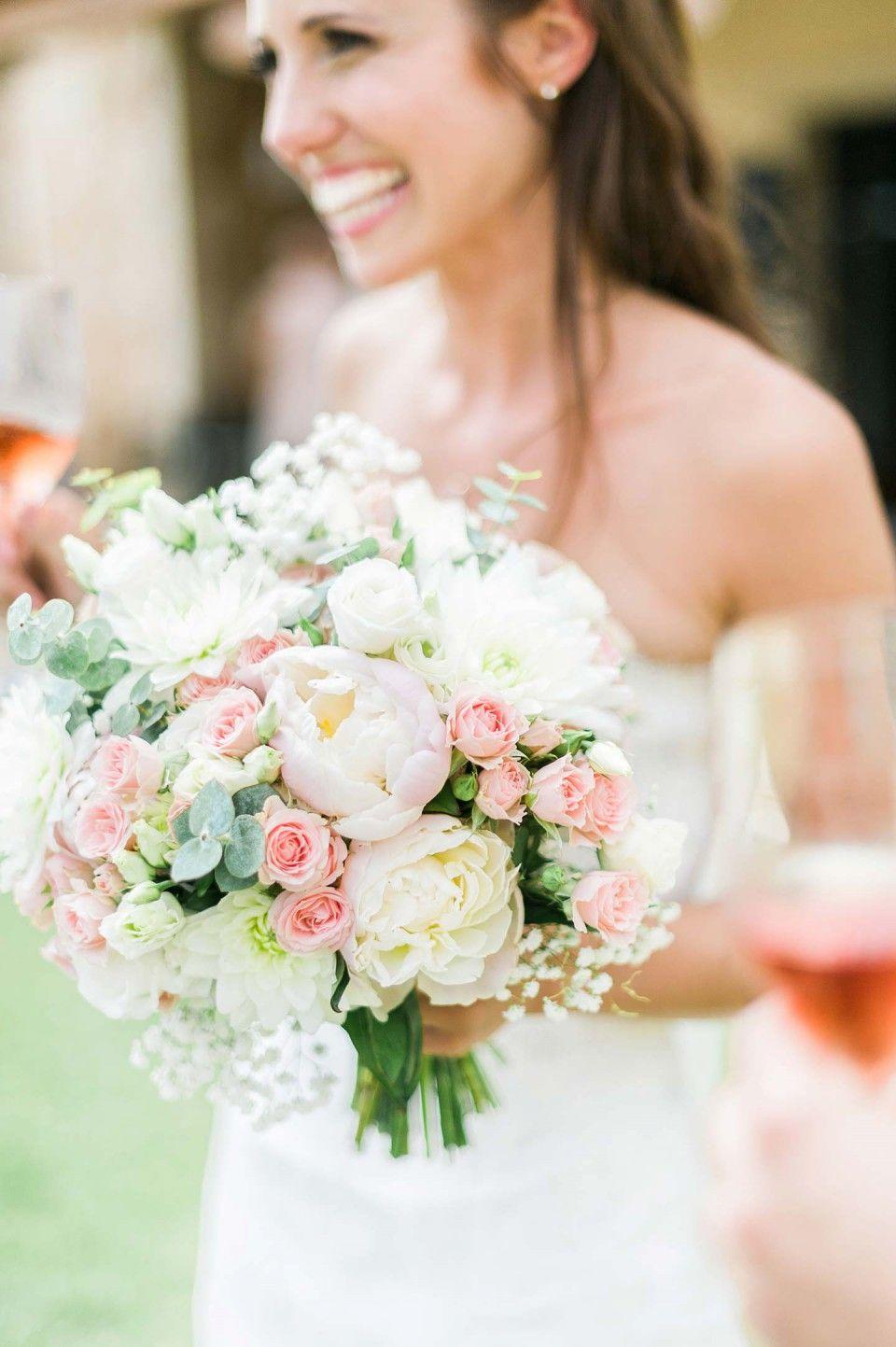 Vanessa Denny Mediterrane Hochzeitstraume Auf Mallorca Mediterrane Hochzeit Blumenhochzeit Und Brautstrausse