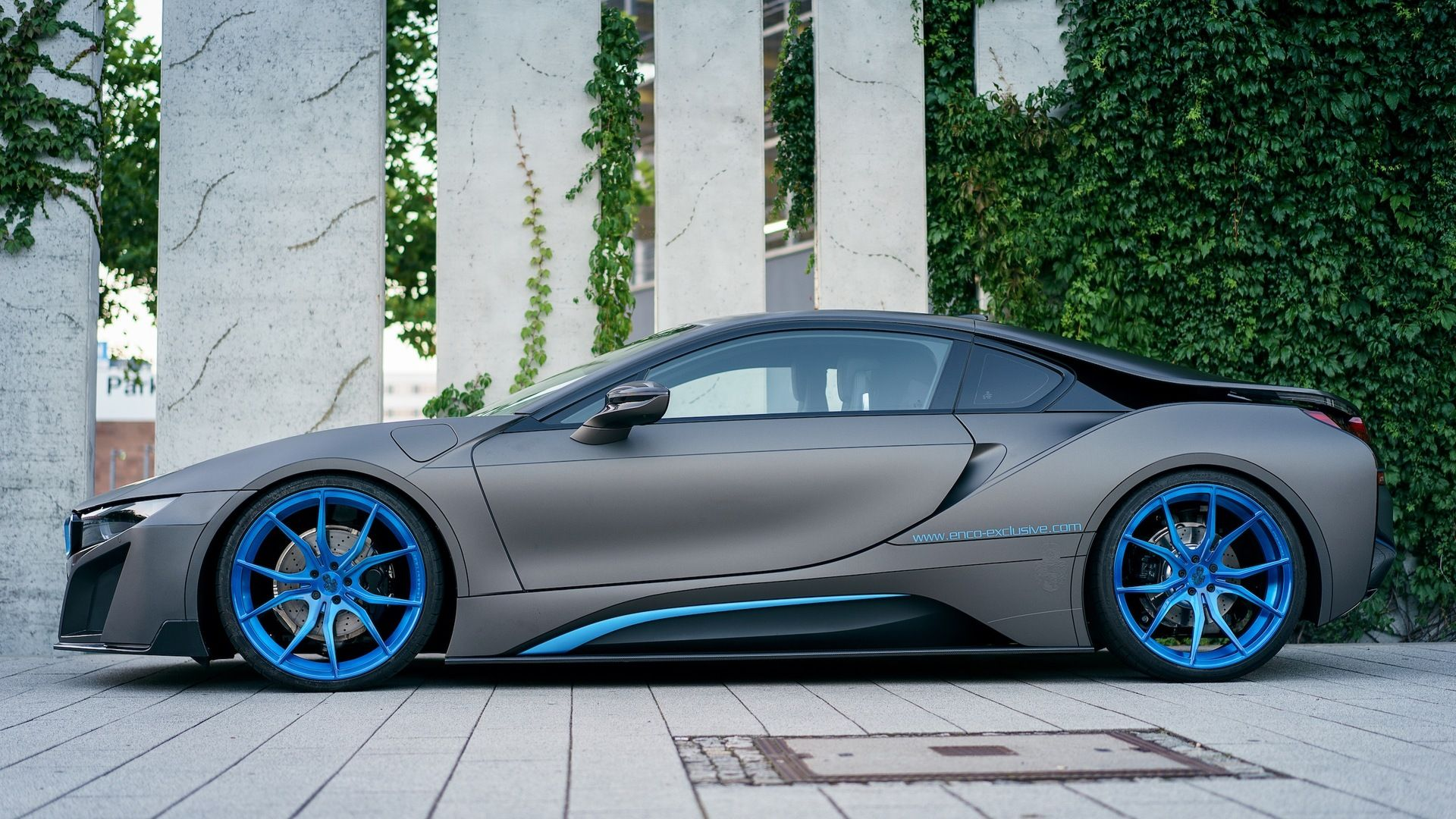 Bmw I8 Wrapped In Matte Gray Gets One Off Photo Session Bmwcoop