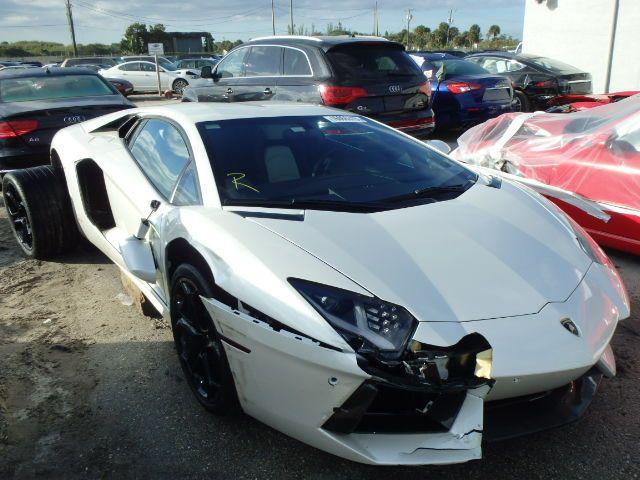 Salvage 2013 Lamborghini Aventador In 2020 Abandoned Cars Cars Salvage Cars
