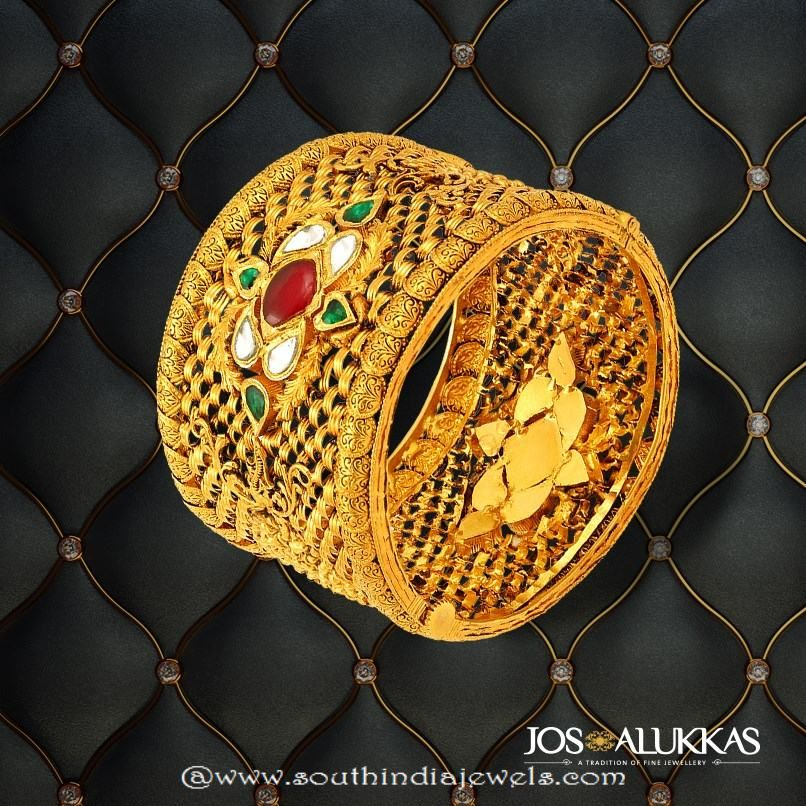 22k Gold Kada Bangle from Josalukkas   Indian Jewelry   Pinterest ...
