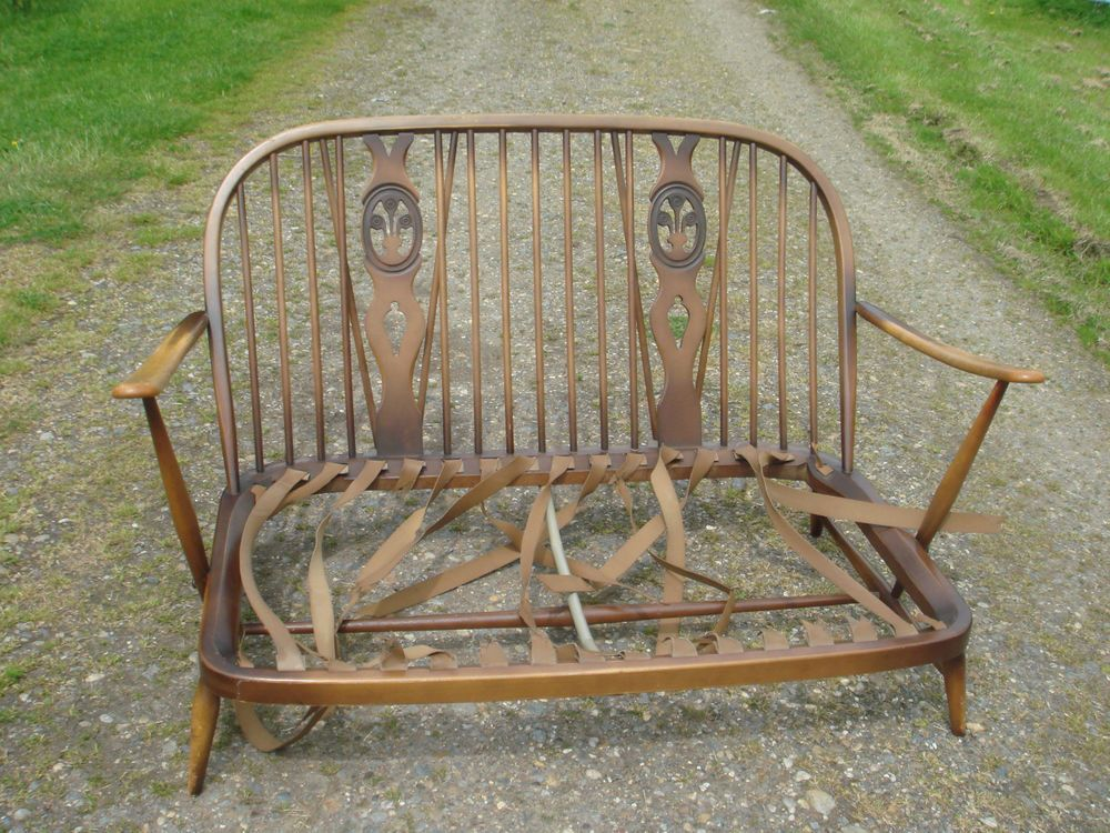 Ercol Bergere Settee No 252 960 S In Home Furniture Diy