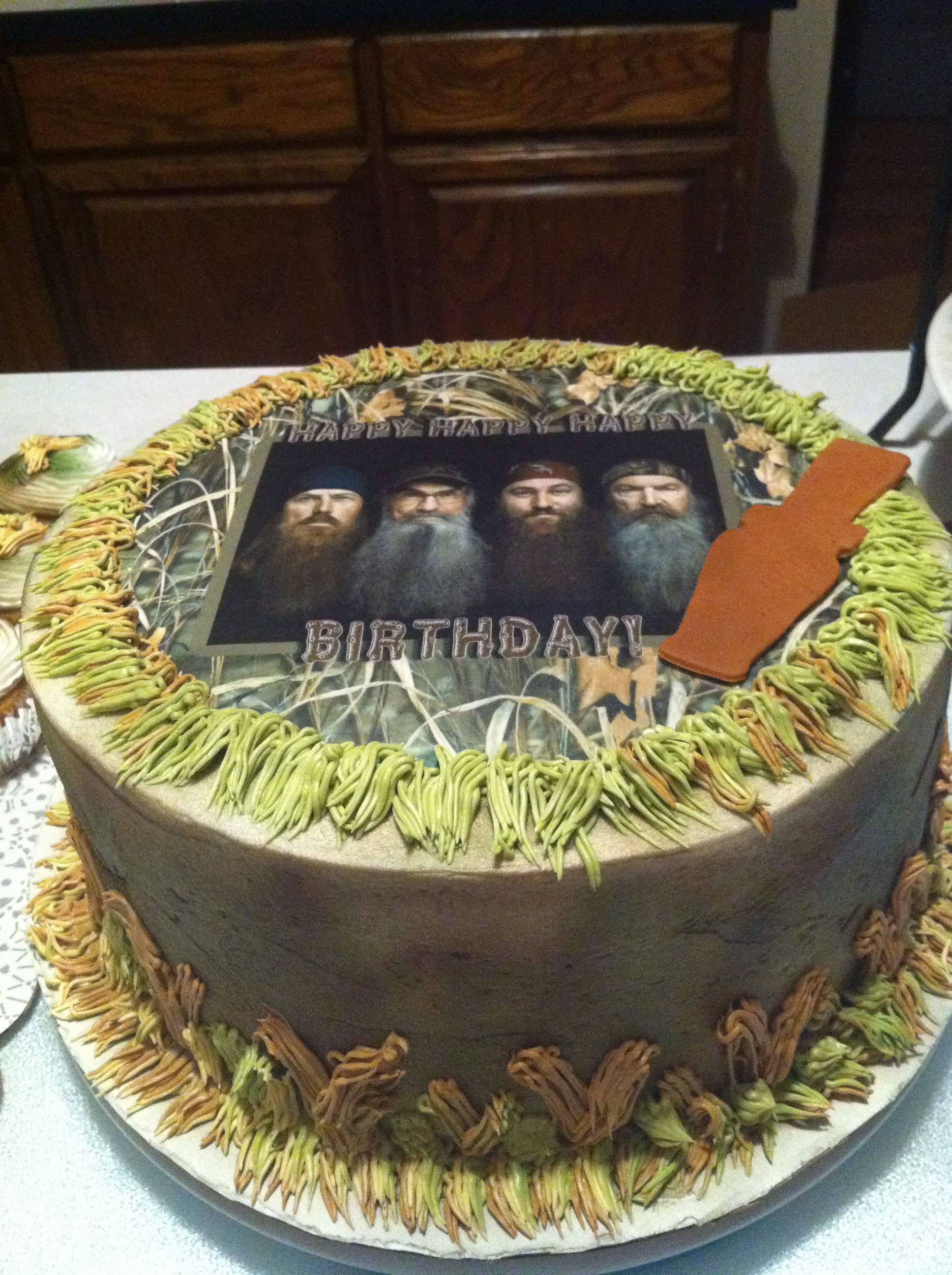 Airbrushed Camo Duck Dynasty Cake With Images Duck Dynasty