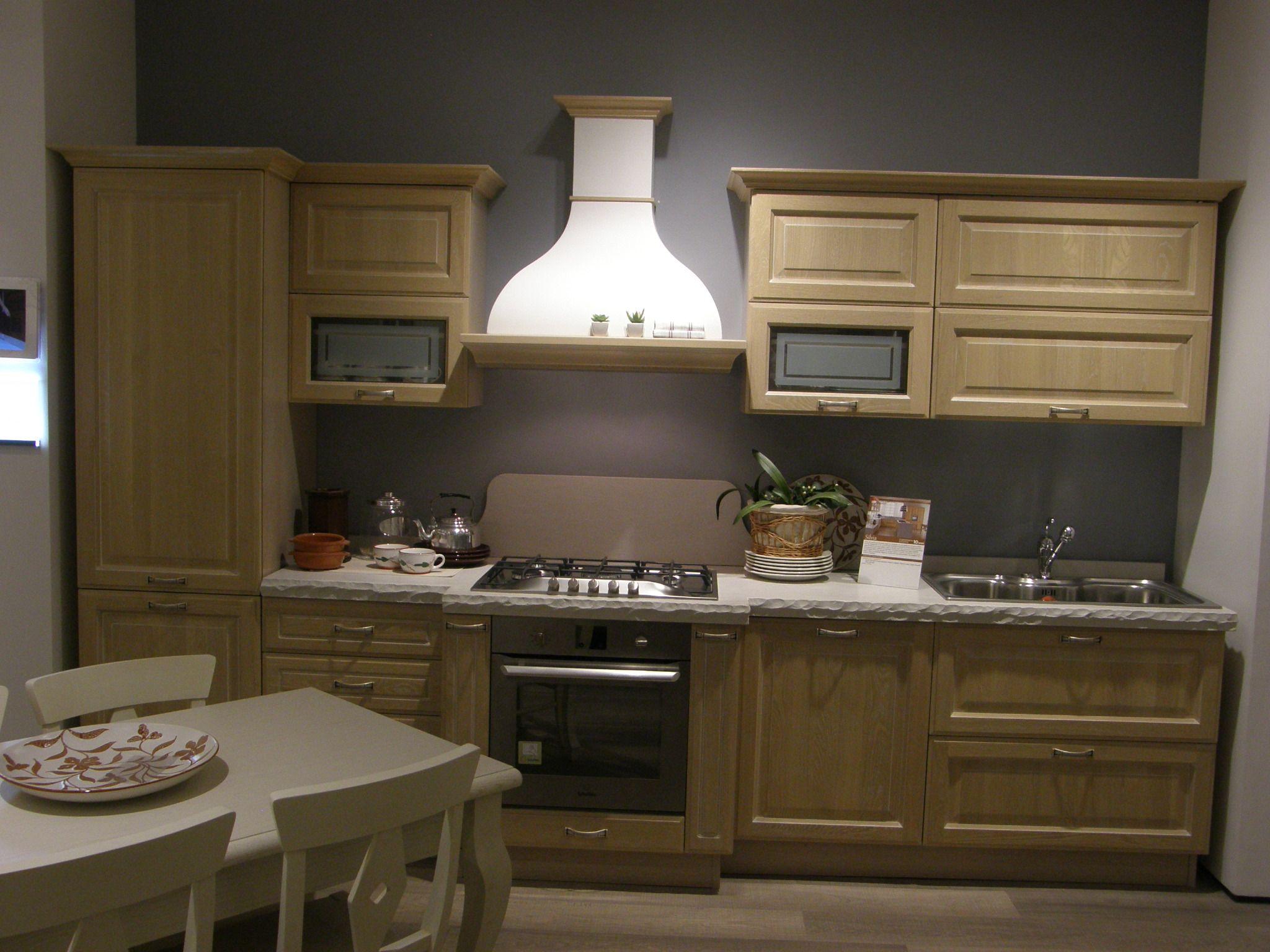 cucina classica silvia lineare scontata del 50%. approfitta subito ... - Lube Cucine Outlet